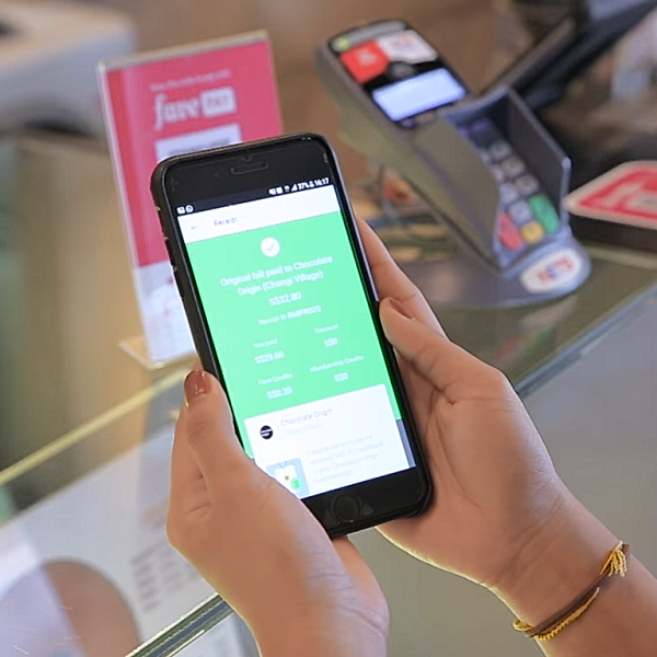 Grab Signs Strategic Tie Up With Fave To Usher In Cashless