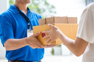 A speed race: Chinese express courier FlashEx charges toward intense competition